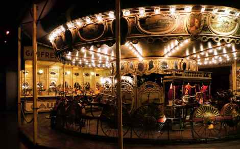 musee-des-arts-forains-home